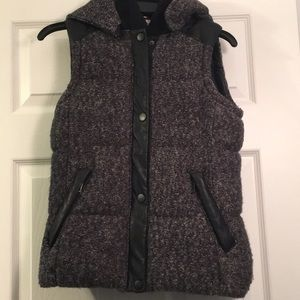 Zara hooded puffer vest